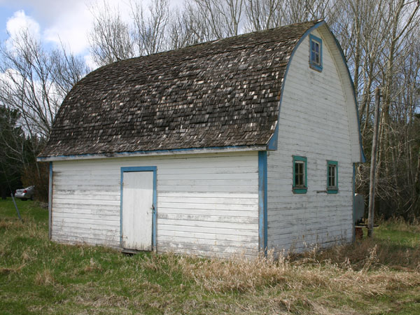 The former stable for Carleton School, built in 1949 and now standing on the nearby Snarr farm