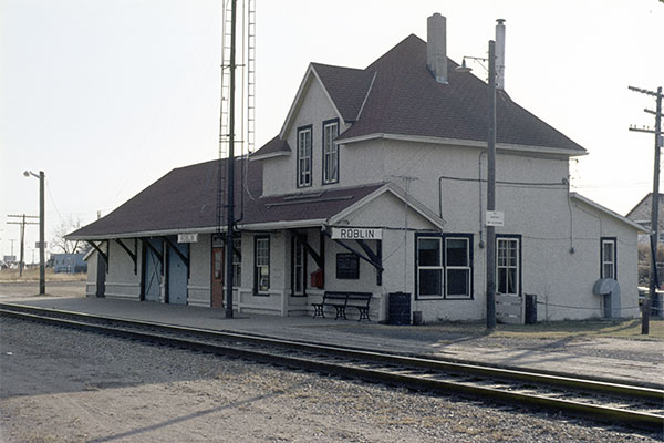 Canadian National Railway station at Roblin