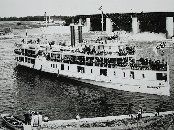 The Winnitoba at the St. Andrews Lock and Dam